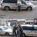 Bizarní a vtipné momenty ze života strážců zákona - 82233613