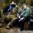 16 opravdu povedených snímků z natáčení Harryho Pottera. Takhle oblíbeného brýlatého kouzelníka a jeho přátele nejspíš neznáte - hagrid-dummy-teenvogue