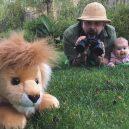 Otec tvoří pro svou dcerku roztomilé fotografie na Instagramu. Sledují ho statisíce lidí - sbsolly_15802799_394975417513942_5815432469503016960_n