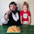 Otec tvoří pro svou dcerku roztomilé fotografie na Instagramu. Sledují ho statisíce lidí - sbsolly_46034002_771371316538868_3149371598483287572_n