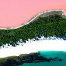 Pastelově růžové jezero připomíná rozšlápnutou žvýkačku - r0_0_1372_765_w1200_h678_fmax