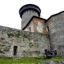 Z historie hradu Sovinec vám bude běhat mráz po zádech. Podívejte se fotografie této tajemné pevnosti a jejího okolí - 02-hradni-vez