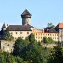 Z historie hradu Sovinec vám bude běhat mráz po zádech. Podívejte se fotografie této tajemné pevnosti a jejího okolí - 10-01sovinec
