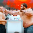 Sibiřská zábava – šampionát v mužském fackování - 5c937a19fc7e93f51a8b4590