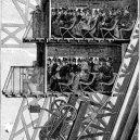Tajný apartmán na vršku Eiffelovky byl soukromým hnízdem jejího konstruktéra - Eiffel-Otis_lift-poyet