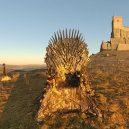 Čtyři byly nalezeny, dva zbývají. Tvůrci Game of Thrones ukryli po světě šest Železných trůnů - hbo-hides-real-thrones-game-of-thrones-promotion-forthethrone-3-5c99dab94c6bc__700
