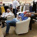Katastrofální důsledky nakupování s partnerkou aneb noční můra (skoro) každého muže - 43047134_1696214677151004_9056816344736989184_n