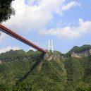 Fascinující záběry čínských dopravních staveb - 05 Aizhai Suspension Bridge