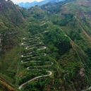 Fascinující záběry čínských dopravních staveb - 07 The 24 Zigzags