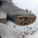 Tající ledovec odhalil těla manželů zmizelých roku 1942 - 427AD9DD00000578-0-Found_A_heeled_shoe_belonging_to_Mrs_Dumoulin_who_was_teacher_of-a-1_1500727912440