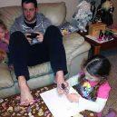 Podívejte se, jak to dopadne, když se má muž doma postarat o děti - 59448399_1155240427971122_5498211519369838592_n