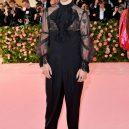 Nejvýrazněji oblečení muži na Met Gala 2019 - gettyimages-1147411005-harry-styles