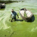 Peklo na zemi. Takhle vypadá život v znečištěné Číně - green-water-in-china