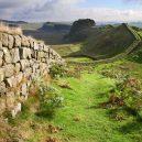 Původní obyvatelé Skotska – nedobytní potetovaní Piktové - housesteads-crags-hadrians-wall-c-roger-clegg-hwhl