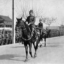 Nankingský masakr – zvěrstvo rovné holokaustu - iwane-matsui-enters-nanking