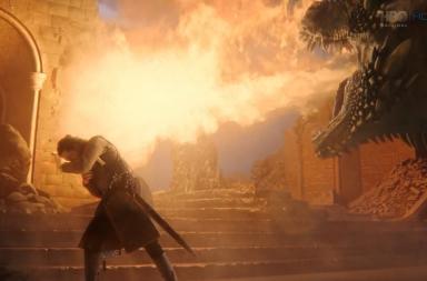 To se samozřejmě vůbec nelíbilo poslednímu přeživšímu drakovi a chvíli to vypadalo, že Sněha sežehne na popel. Nakonec však svůj ohnivý dech obrátil proti Železnému trůnu, který se rozpustil.