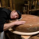Švýcarské sýry zrály 6 měsíců při hudbě. Který byl s přehledem nejlepší? - cheese-music