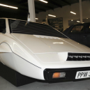 Lotus Esprite S. Unikátní obojživelné auto z Jamese Bonda stálo Muska skoro milion dolarů - Screenshot 2019-06-20 at 16.46.58