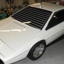 Lotus Esprite S. Unikátní obojživelné auto z Jamese Bonda stálo Muska skoro milion dolarů - Screenshot 2019-06-20 at 16.47.05