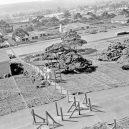 Obrovská továrna na bombardéry byla schovaná pod maketou města - boeing-fake-rooftop-town-world-war-seattle-11-5aa65568ea9aa__880