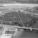 Obrovská továrna na bombardéry byla schovaná pod maketou města - boeing-fake-rooftop-town-world-war-seattle-27-5aa6568a1fd5d__880