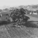 Obrovská továrna na bombardéry byla schovaná pod maketou města - boeing-fake-rooftop-town-world-war-seattle-7-5aa6555edba7a__880