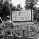 Život ve městě zrodu atomové bomby. Jak se žilo v Oak Ridge? - Oak-Ridge-Sign