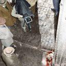Oživlá kriminální historie – podívejte se, jak se vraždilo v minulém století - photographer-head-on-street