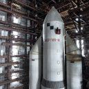 Sovětský hangár ukrývá chátrající raketoplány - http___cdn.cnn.com_cnnnext_dam_assets_171031111009-baikonur-rueda11