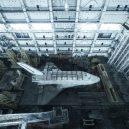 Sovětský hangár ukrývá chátrající raketoplány - http___cdn.cnn.com_cnnnext_dam_assets_171031111207-baikonur-rueda4