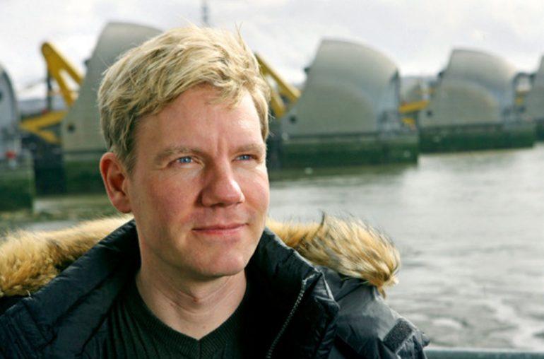 Bjørn Lomborg je dánský profesor statistiky. Časopis Time ho zařadil mezi sto nejvlivnějších lidí světa.