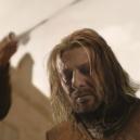 Nezabíjejte Seana Beana! Ty nejznámější role, ve kterých proslulého herce čekal nešťastný konec - Sean-Bean-as-Eddard-Stark-on-Game-of-Thrones-S01E09