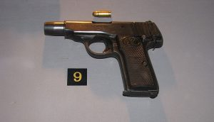 Revolver Walther ráže 7,65 mm, kterým Mrázek vzal život většině svých obětí.