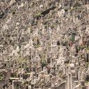 V Hongkongu nemají ani po smrti klid – místa pro věčný odpočinek prakticky nejsou k dispozici - 9-the-high-rise-graveyards-of-hong-kong