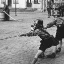 Hitlerjugend skrýval velká tajemství - bundesarchiv-bild-133-393-worms-luftschutzubung-der-hitlerjugend-9e13d94d7a_660x371