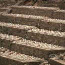 V Hongkongu nemají ani po smrti klid – místa pro věčný odpočinek prakticky nejsou k dispozici - Dead-Space-Finbarr-Fallon-03