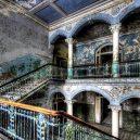 Opuštěný hotel nad divokými vodopády láká po desetiletí sebevrahy - el-hotel-del-salto_2