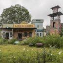 Western Village – opuštěný park, který byl ještě divnější, když fungoval - japan-s-western-village-explore-abandoned-theme-p