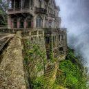 Opuštěný hotel nad divokými vodopády láká po desetiletí sebevrahy - tequendama-falls-hotel-colombia-rumored-to-be-haunted-it-will-now-be-turned-into-the-tequendama-fal–28718