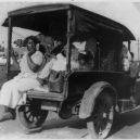 Největší rasové nepokoje v historii USA zůstaly zapomenuty - truck-carrying-african-americans