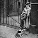 New York 40. let očima teenagera Stanleyho Kubricka - 59ad1116a4b3d-vintage-photographs-new-york-street-life-stanley-kubrick-59a91f64df85b__700