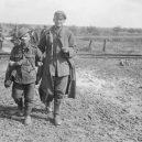 V praporu Bantam bojovali výhradně malí Britové - _80574712_bantam_cut