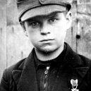 """Pět dní před svou smrtí ocenil Hitler malé """"vojáky"""" - alfred-czech"""