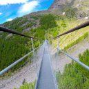 Nejdelší visutá lávka má téměř půl kilometru - Charles-Kuonen-Suspension-Bridge-Entrance