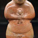 Helmy z lebek dětí – prapodivný nález v Ekvádoru zamotal hlavy archeologům - guangala-figurine