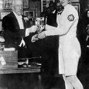 Za nacistické Německo bojovala na berlínské olympiádě židovská šermířka - Helene_Mayer (13)