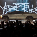 Co přináší Muskův revoluční elektrický pickup Cybertruck? Jeho kontroverzní vzhled pobouřil i skalní fanoušky Tesly - Screenshot 2019-11-23 at 02.15.48