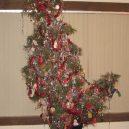 8 nejhnusnějších vánočních stromků na světě - facebooook