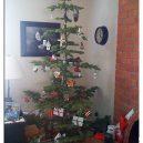8 nejhnusnějších vánočních stromků na světě - fb ugly christmass tree