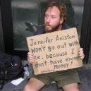 8 bezdomoveckých nápisů, které dokážou vydělat na vodku a cíga - funny mem